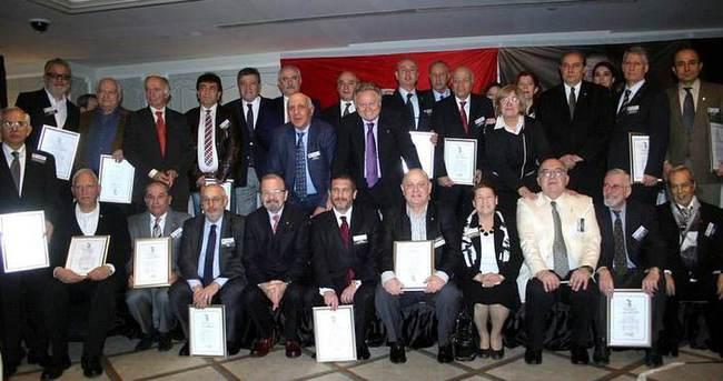 Beşiktaş'ta divan kurulu mazbata töreni yapıldı