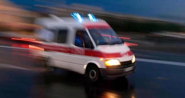 Adıyaman'da minibüs şarampole devrildi: 19 yaralı