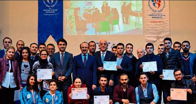 Başkan Seyfi Dingil'den genç girişimcilere övgü