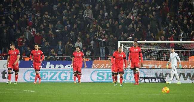 Spor yazarları Mersin İdmanyurdu - Galatasaray maçını değerlendirdi