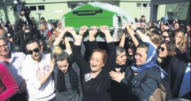 Türkan'ın cenazesini kadınlar omuzladı