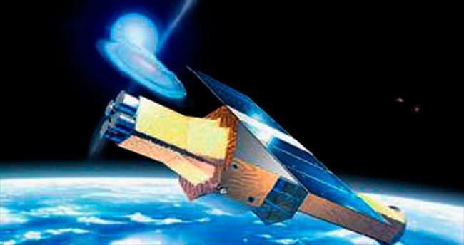 Japonya kara delikler için uydu gönderdi