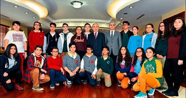 TEOG şampiyonu öğrencilere ödül