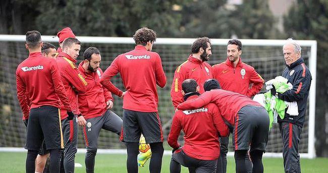 Galatasaray'da kart alarmı