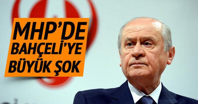 MHP'de sürpriz gelişme: Bahçeli'nin avukatı Kurultay davasından çekildi