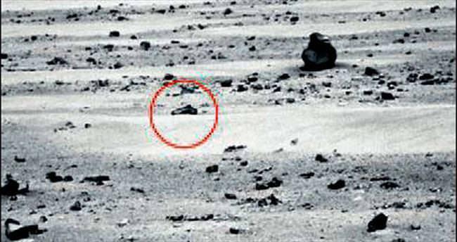 Mars komplocuları abarttı: Uzaylılar silah düşürmüş