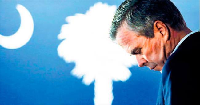 Jeb Bush seçim yarışında havlu attı
