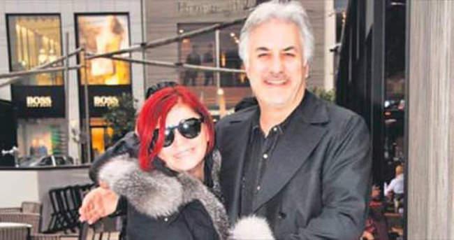 Emel Müftüoğlu ile Tamer Karadağlı'yı buluşturan proje