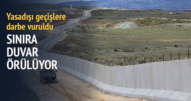 Sınıra terör duvarı...