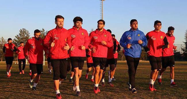 Eskişehirspor'da gözler Bursaspor maçına çevrildi