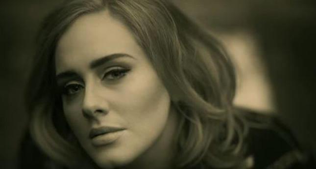 Adele'in İkizi Bulundu