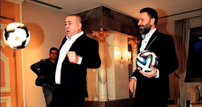 Şafak Sezer'den futbol şov