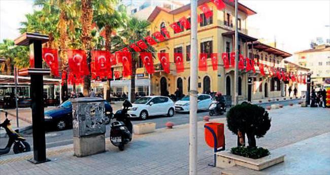Başkan Seyfi Dingil'den bayrak asma kampanyası