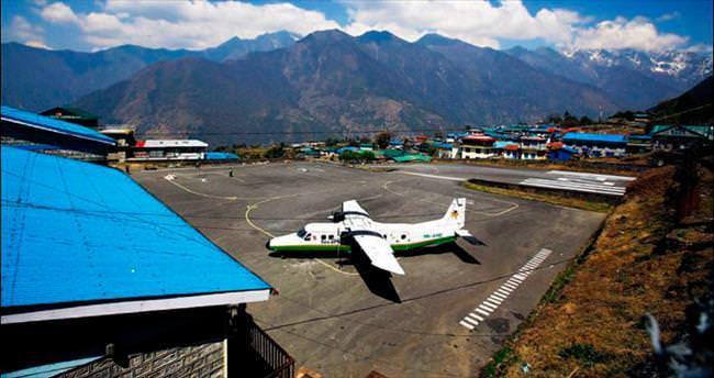 Kayıp uçağın enkazı bulundu: 23 ölü