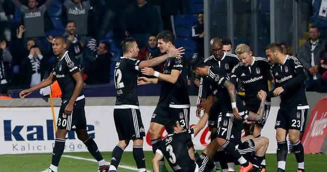 Beşiktaş derbide iyi bir sonuç alırsa lig biter