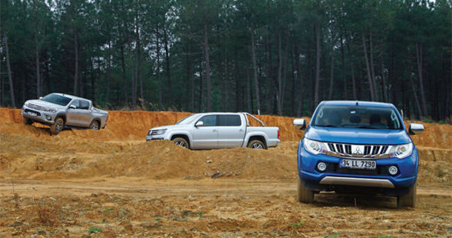 Karşılaştırma: Mitsubishi L200, Toyota Hilux, VW Amarok