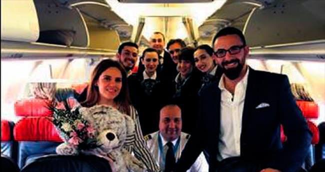 30 bin feet'te evlilik teklifi