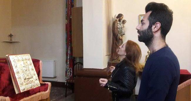 Suriyeli süryaniler Samatya'da bekliyor