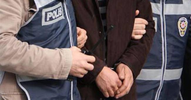 Manisa 'FETÖ operasyonu': 3 gözaltı