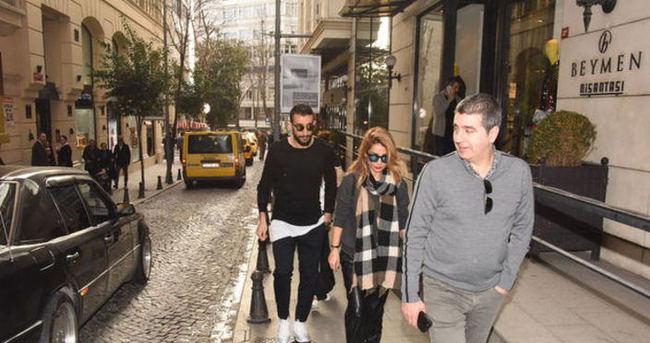 Mehmet Topal'dan eşine kıskandıran jest