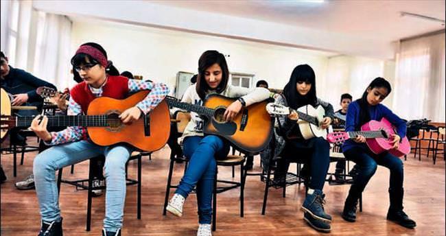 Geleceğin müzisyenleri Mamak'ta yetişiyor