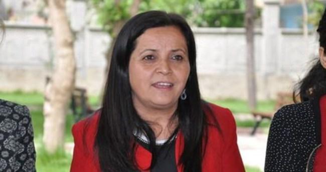 Silopi Belediye Eş Başkanı Emine Eser gözaltında