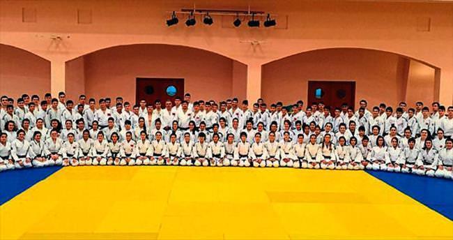Judoda heyecan Kemer'de başlıyor