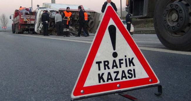 Antalya'da yolcu otobüsü devrildi: 10 yaralı