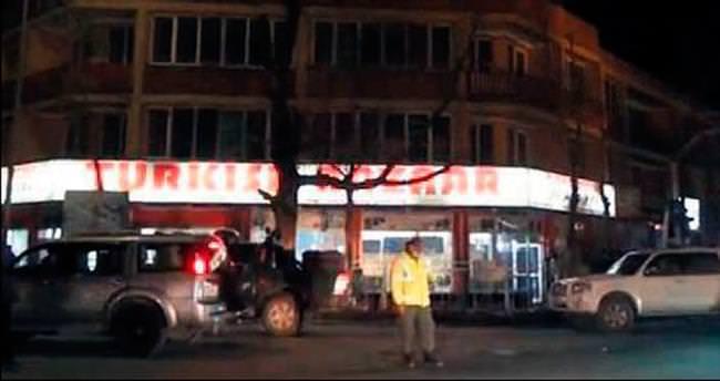 Kabil'de Türklere saldırı: 2 ölü, 1 rehin