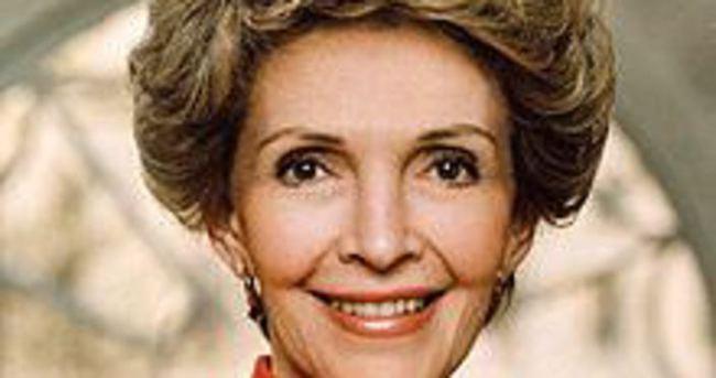 Nancy Reagan hayatını kaybetti