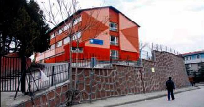 Belediyeden 102 okula tadilat