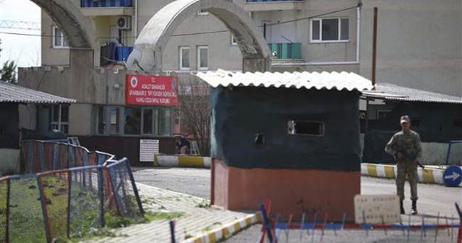 Diyarbakır'da cezaevi firarı soruşturmasında 11 gözaltı