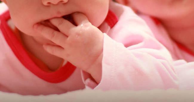 İkiz bebeklerin babaları farklı çıktı!