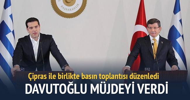 Başbakan Davutoğlu ve Çipras ortak basın toplantısı düzenledi