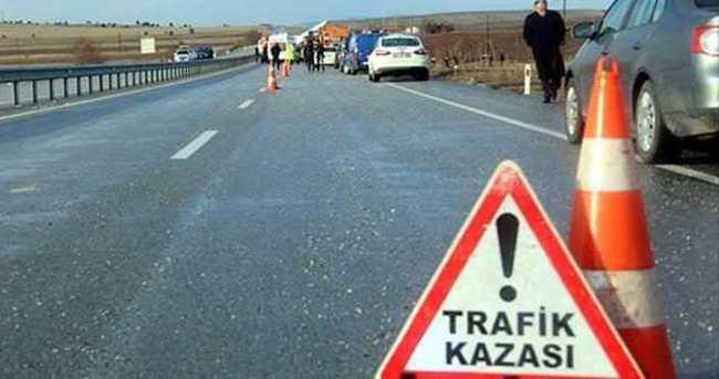 Sivas'ta trafik kazası: 14 yaralı