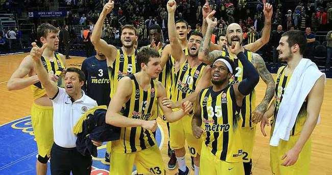 Fenerbahçe, THY Euroleague'de çeyrek finali garantiledi