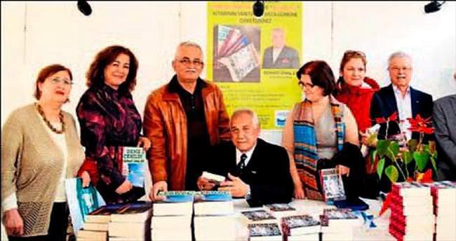 Yazar Er'in imza gününe yoğun ilgi