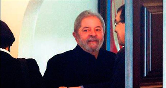 Brezilya'da Lula'ya ilk dava açıldı