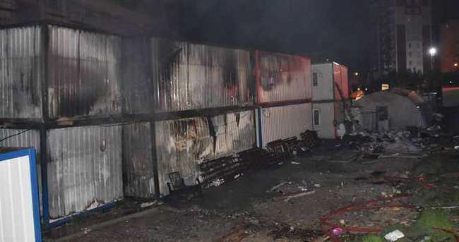 Beylikdüzü'nde işçilerin kaldığı konteynerde yangın