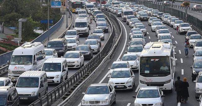 Hız sınırını aşan sürücülere ceza yağdı