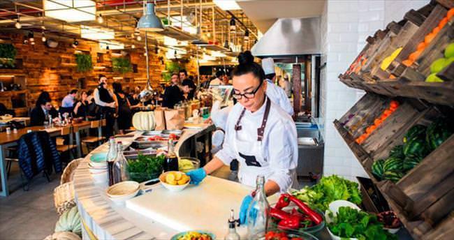 Yeşil sahalardan restoranlara
