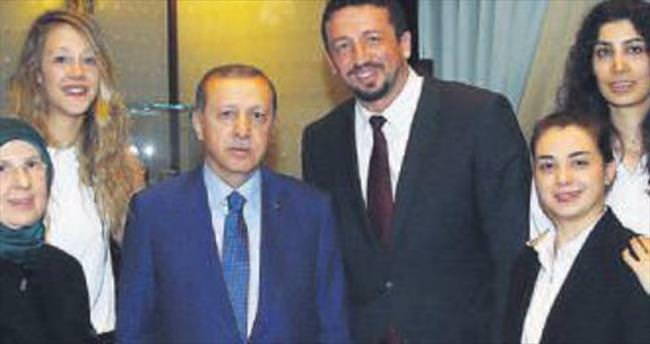 Hidayet Türkoğlu Cumhurbaşkanı Başdanışmanı