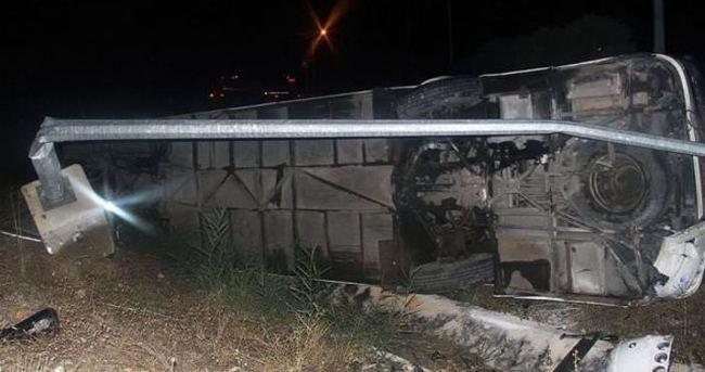 Umreye giden 13 Filistinli Ürdün'de trafik kazasında öldü