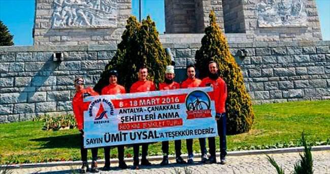Paşalı bisikletçiler Çanakkale'ye ulaştı