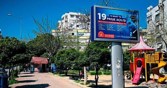 CHP Antalya'da afiş krizi çıktı