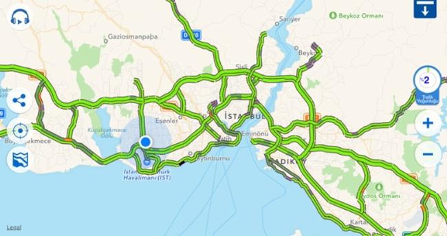 İstanbul'da şaşırtan trafik yoğunluğu