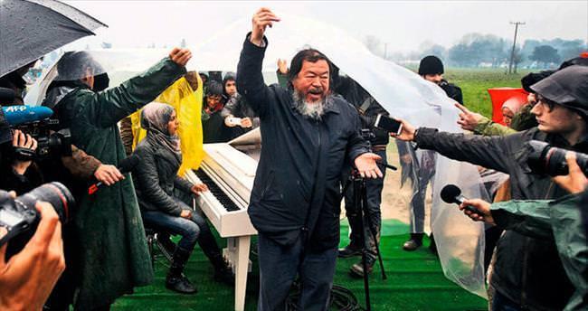 Çinli sanatçıdan hüzünlü Taksim kareleri