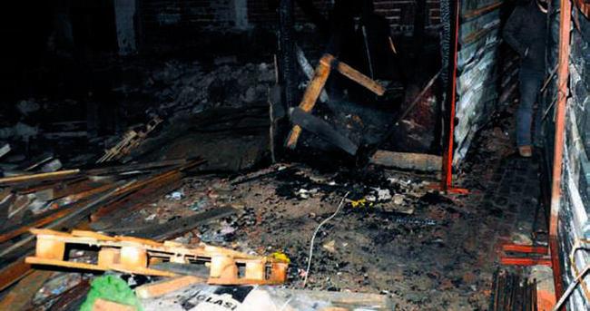 Şantiye bekçisi yangın kurbanı