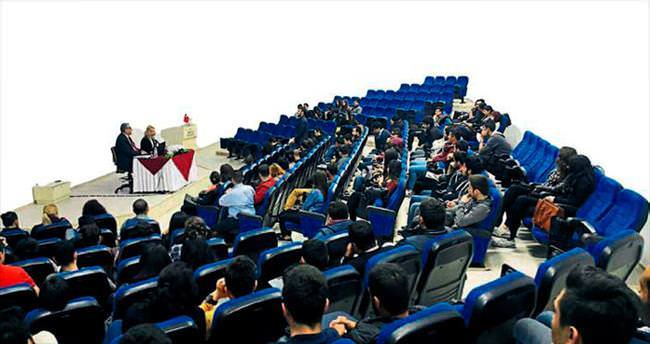 Hâkim Gündüz konferans verdi