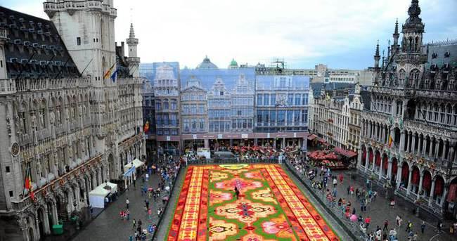 Brüksel'de Grand Place Meydanı boş kaldı!